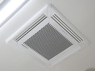 天井埋め込み式空気清浄機